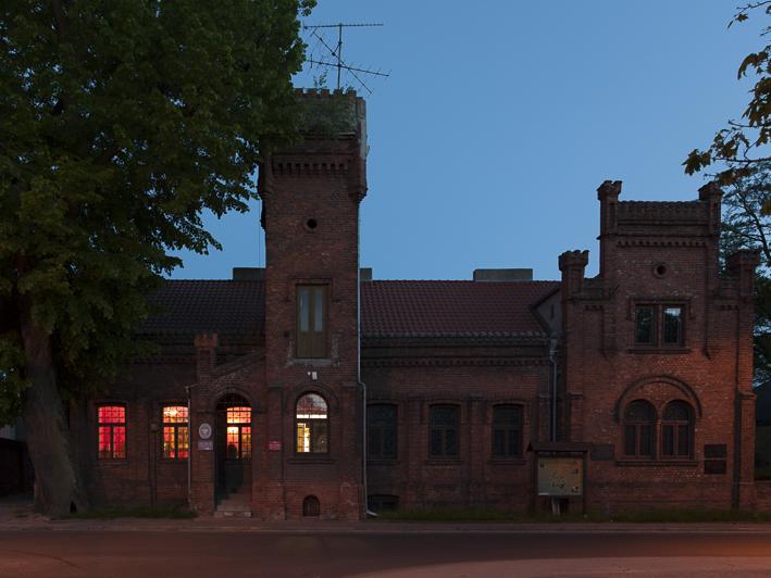 Das ehemalige russische Lazarett beherbergt heute das Regionalmuseum von Brzeziny